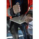 Scie pour plaques de plâtre avec manche caoutchouté